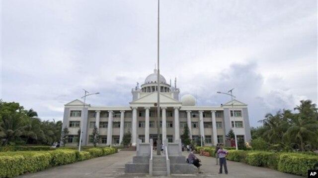Trung Quốc xây văn phòng hành chánh trên đảo Vĩnh Hưng