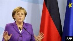 Kabineti gjerman miraton miliarda dollarë ndihma për Greqinë