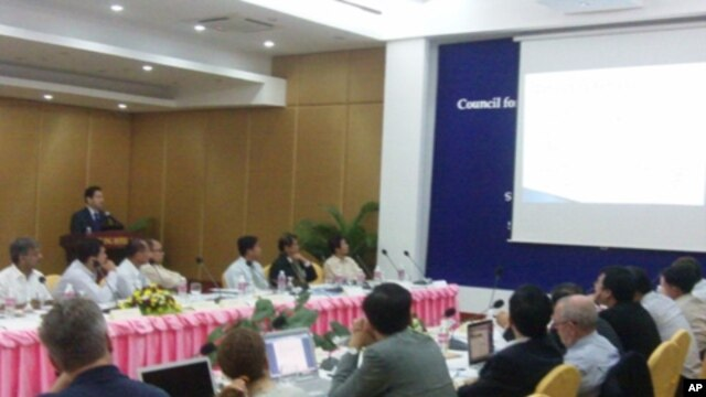Experts on water security met in Siem Reap on Friday, July 15, 2011, at a two-day conference of the Council for Security Cooperation in the Asia Pacific in an effort to address upcoming issues surrounding such projects and other water conflict.