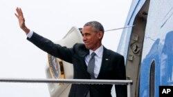 Prezident Barak Obama 2017-yilning 20-yanvaridan Oq uyni Donald Trampga topshiradi