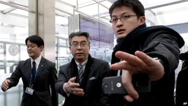 19일 중국 베이징 공항에 도착한 일본의 스기야마 신스케 외무성 아시아대양주 국장.