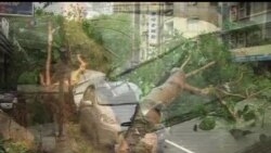 2013-07-13 美國之音視頻新聞: 颱風蘇力吹襲台灣導致一人喪生