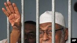 صدر اوباما پر انڈونیشیا میں مذہبی آزادیوں کا معاملہ اٹھانے پر زور