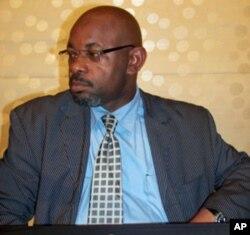 Ismael Mateus, jornalista e escritor angolano