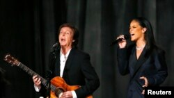 Top Ten Música na América: Rihanna convidada surpresa de Paul McCartney