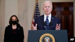 Predsednik Džozef Bajden i potpredsednica Kamala Haris u Beloj kući govore o presudi u slučaju ubistva Džordža Flojda.