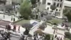 معترضان، نمایندگان مجلس شورای اسلامی را «بیغیرت» و «بیکفایت» خطاب کردند