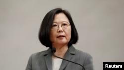 台灣總統蔡英文在記者會上(資料照片)
