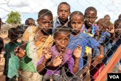 FILE - Somali youngsters are oblivious to the controversies surrounding their stay in Dadaab refugee camp, Dadaab, Kenya, April 24, 2015. (Mohammed Yusuf/VOA)