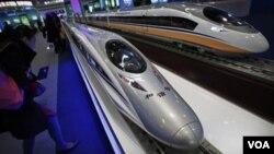 China proyecta tender para el 2020, unos 13 mil kilómetros de vías férreas para trenes de alta velocidad.