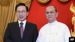 南韓總統李明博日前與緬甸總統登盛會面(資料圖片)