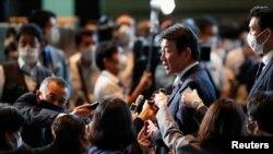 日本外交大臣茂木敏充对媒体发表评论(路透社2021年10月4日)