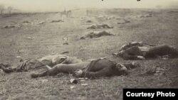 La batalla de Gettysburg fue decisiva en la guerra civil y la más sangrienta ocurrida en EE.UU.