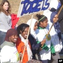 Une marche en faveur des Sans domicile fixe à Fairfax, en Virginia