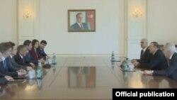 Prezident İlham Əliyev Tatarıstan prezidenti Rüstəm Minnixanovu qəbul edib
