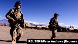 Patrola američkih vojnika na aerodromu u Kabulu - ilustrativna fotografija (Foto: REUTERS/Peter Andrews)