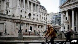 Ngân hàng Anh quốc tại Trung tâm tài chính London khi nước Anh bước vào đợt phong tỏa toàn quốc kể từ ngày 5/1
