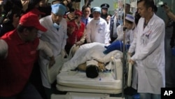 Tian Zeming yang berhasil diselamatkan Rabu (23/12) dini hari dari kawasan tanah longsor dirawat di rumah sakit di Shenzhen, provinsi Guangdong.