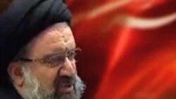 احمد خاتمی: موسوی و کروبی سران فتنه اند