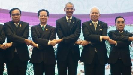 2015年11月21日,美國總統奧巴馬參與在馬來西亞吉隆坡舉行的美國-東盟峰會。