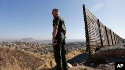 Američki graničari na granici sa Meksikom