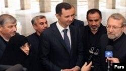 جان کیري له ایران او روسیې وغوښتل چې پر بشار الاسد فشار راوړي چې له واکه لېرې شي.