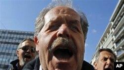 24ωρη γενική απεργία από ΓΣΕΕ και ΑΔΕΔΥ