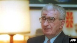 Vdes ish-presidenti i Maqedonisë Kiro Gligorov
