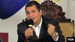 El presidente de Ecuador, Rafael Correa, desautorizó las declaraciones del vicanciller Lucas.