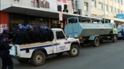Zimbabwe Police Storm Opposition MDC Headquarters In Harare