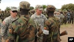 Binh sĩ Mỹ có thể bày tỏ niềm tin tôn giáo của họ như để râu hay vấn khăn, miễn là việc đó không gây trở ngại cho công tác quốc phòng của đất nước