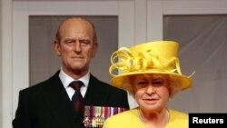 ملکہ الزبتھ اور ان کے شوہر پرنس فلپ