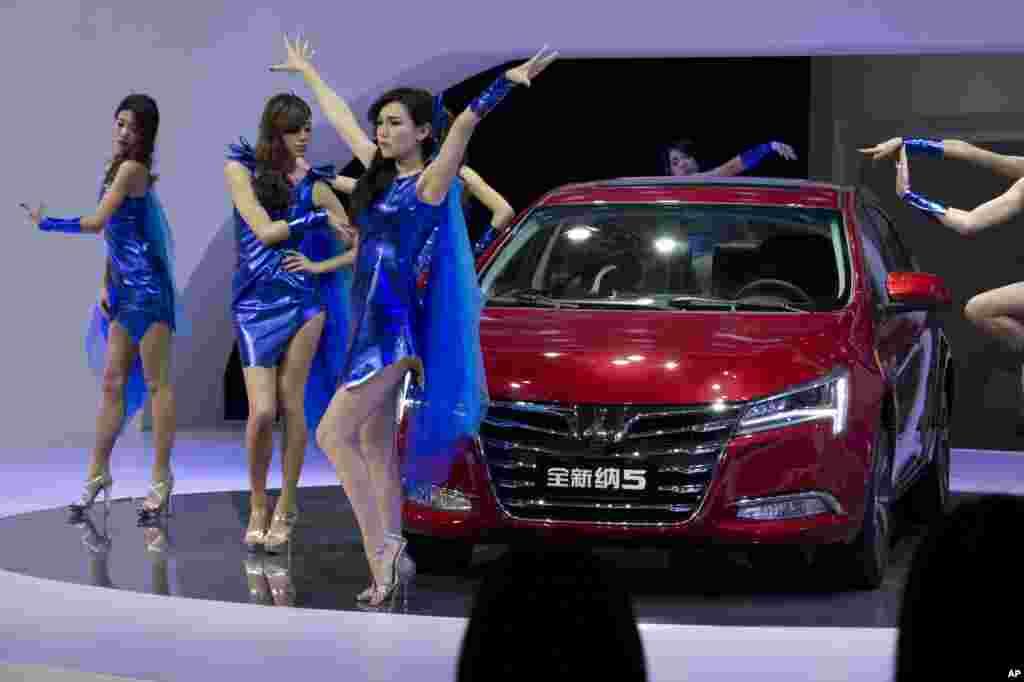 China Auto Show No Models