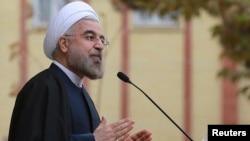 Presiden Iran Hassan Rouhani menyambut baik perjanjian nuklir yang dicapai hari Minggu pagi di Jenewa (24/11).