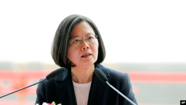 台湾总统蔡英文否认中天政论节目停播是政府施压