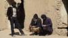 معتادان: کارفرمایان ایرانی به ما تریاک فراهم میکردند