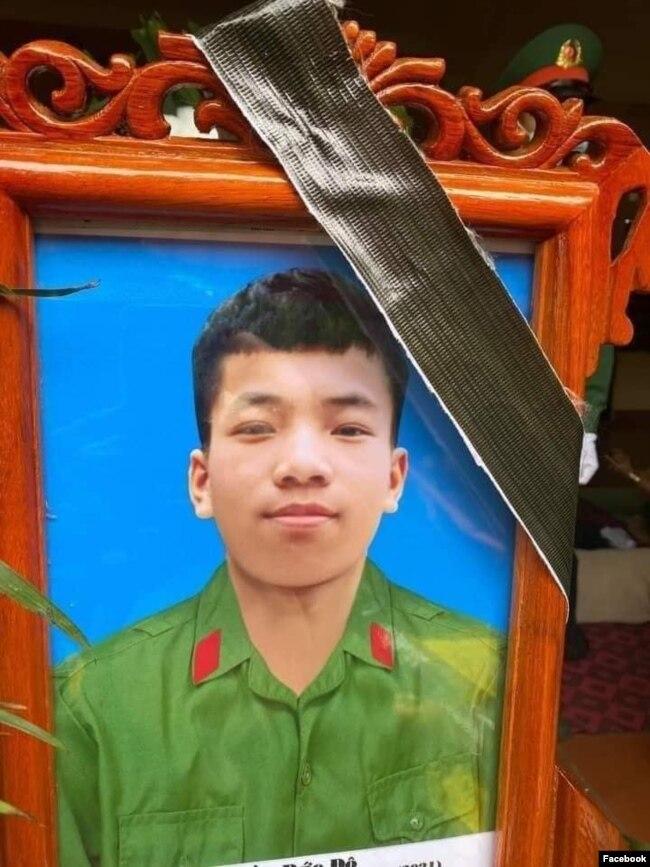 Quân nhân Trần Đức Đô, 19 tuổi, bị cho là đã treo cổ tự tử chết khi đang đi nghĩa vụ quân sự.
