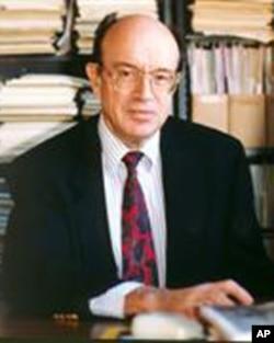 宾夕法尼亚大学电子和系统工程系的铁路专家武科·伏契可
