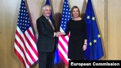دیدار وزیر خارجه ایالات متحده با فدریکا موگرینی، مسئول روابط خارجی اتحادیه اروپا