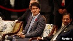 Thủ tướng Canada Justin Trudeau bị cáo buộc là đã gây trở ngại cho việc thông qua TPP11 vì không đến dự cuộc họp của các lãnh đạo các nước thành viên tại Đà Nẵng trong khuôn khổ Hội nghị APEC.