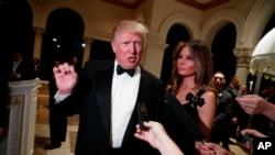Rais mteule wa Marekani, Donald Trump akiwa na mkewe Melania.