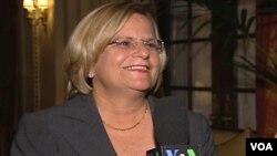 """Ross-Lehtinen pidió la liberación por parte del gobierno de Venezuela de algunos presos a los que ella denominó """"políticos"""" por razones médicas."""
