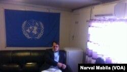 Le représentant spécial adjoint du Secrétaire général des Nations unies en RDC, David Gresley, est arrivé à Lubumbashi à 11 heure mercredi matin, accompagné du chef de bureau Ndirane. (VOA/Narval Mabila)