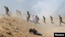 در تظاهرات پنج ماهه فلسطینی ها در نوار غزه ۱۷۰ نفر کشته شده اند، که انتقادات جامعه بین المللی را در پی داشته است.