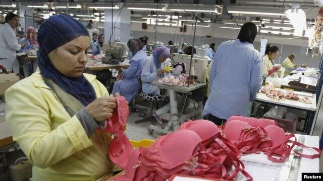 Otro grupo busca enviar a Cuba jabones y champús de muestra que la gente utiliza en los hoteles.