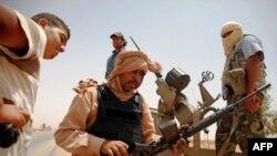 Binh sĩ của phe nổi dậy Libya