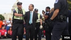 Арест конгрессмена Луиса Гутьерреса (Иллинойс)