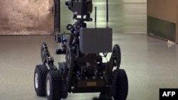 بھارت کی وزارت دفاع نے روبوٹس کمپنیوں سے درخواستیں طلب کر لی ہیں۔ (فائل فوٹو)