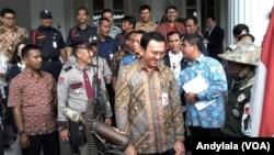 Gubernur DKI Jakarta Basuki Tjahaja Purnama (Ahok) di Balai Kota Jakarta. (Foto: VOA/Andylala)