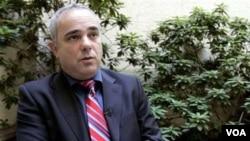Menteri Keuangan Israel Yuval Steinitz mengatakan bahwa Israel butuh jaminan bahwa uang pengembalian pajak dari Israel kepada Otorita Palestina tidak sampai ke tangan kelompok Hamas.